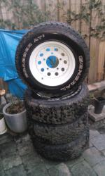 4x general grabbers at2 met wolf velg 225/70/15