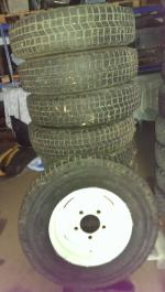 5x Michelin XPC 7.5x16 op defender velg